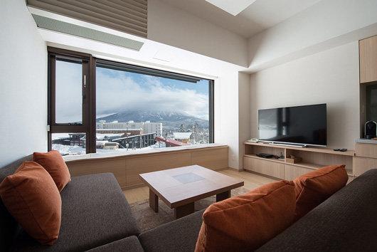 1-bedroom-Yotei-View-Living